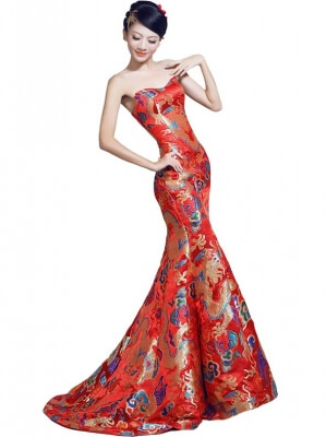 red-fishtail-cheongsam-qipao-chinese-wedding-dress-with-dragon-pattern-6bdf9663-600x800